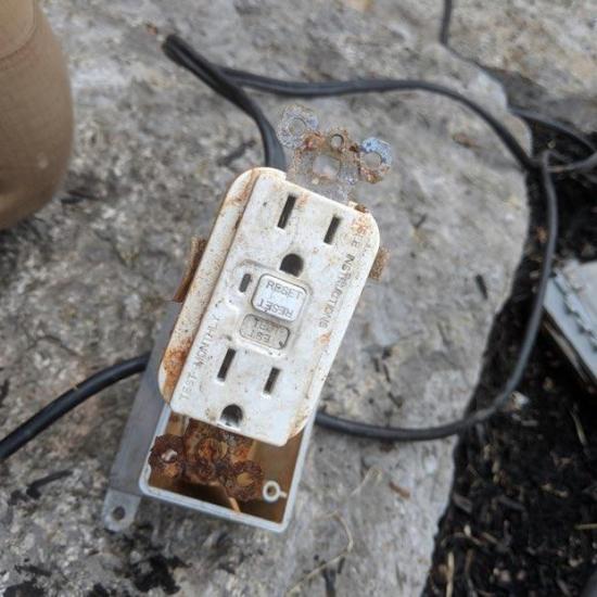 res-gallery-circuit-breaker-2